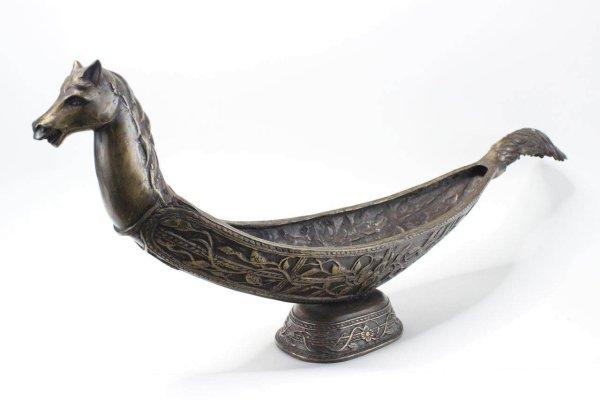 Schale mit Pferde Kopf, Bronze
