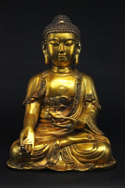 Buddha Figur mit Varada Mudra, Bronze