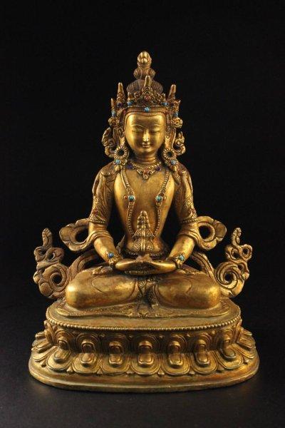 Buddha Figur Amitayus aus Bronze, vergoldet