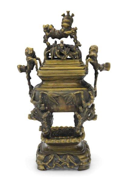 Räuchergefäß aus Bronze mit Bambus
