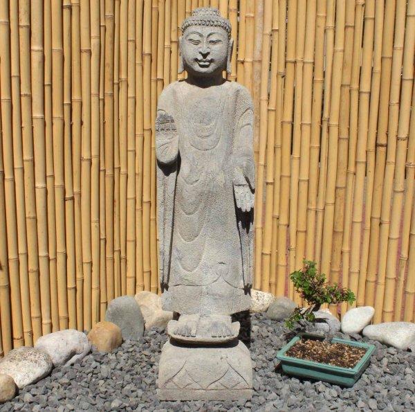Stehender Amoghasiddhi Buddha (81cm) Naturstein Statue