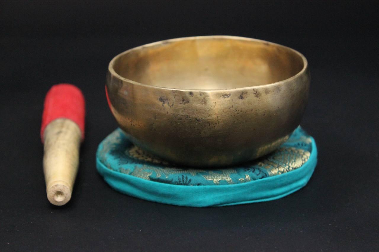 Klangschalen Traditionelle Tibet Klangschale 1024gramm Handgefertigt 7 Metalle Asienlifestyle