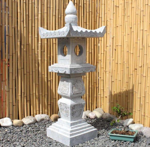 Chinesisches Geisterhaus (103cm) Naturstein Garten Laterne