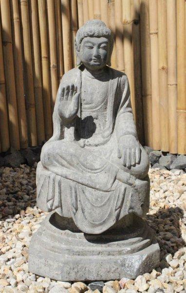 Garten Buddha Figur mit Schutzgestus