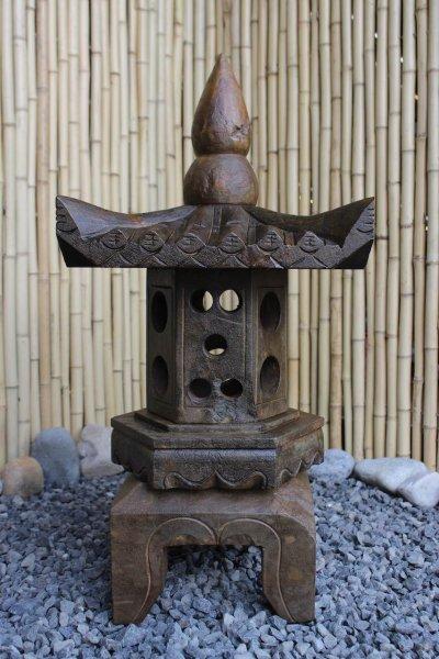 Asiatische Steinlaterne 70cm in Holzoptik gefinisht - restauriert