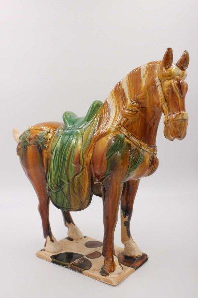 Terrakotta Tang Pferd aus China - Ton Figur