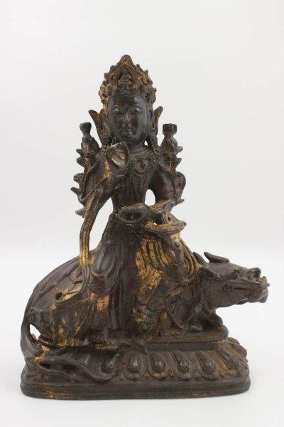 Kwanyin mit Fu Dog - Buddha Figur aus China