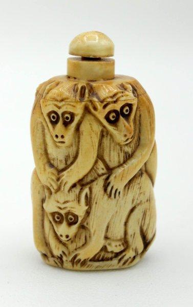 3 Affen Snuff Bottle Figur aus Yak - Knochen geschnitzt
