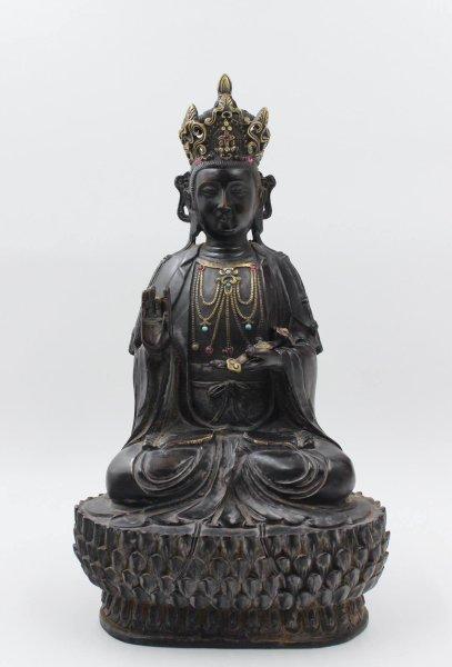 Guanyin Buddha Figur aus Bronze mit Ruyi Zepter - China