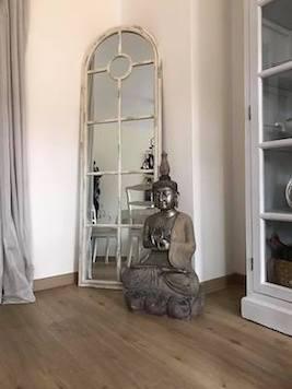 Buddha-Garten-Naturstein-Stein