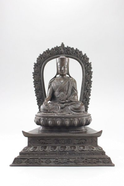 Bronze Tsongkhapa mit dem Rad der Lehre