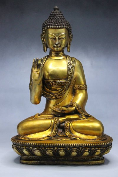 Amoghasiddhi Buddha Figur aus Bronze