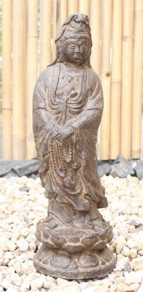 Kwan-Yin Buddha Figur aus Naturstein