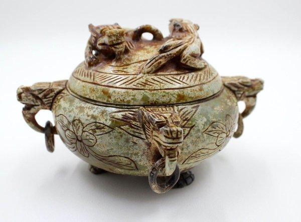 Chinesisches Drachen Räuchergefäß Hongshan Jade