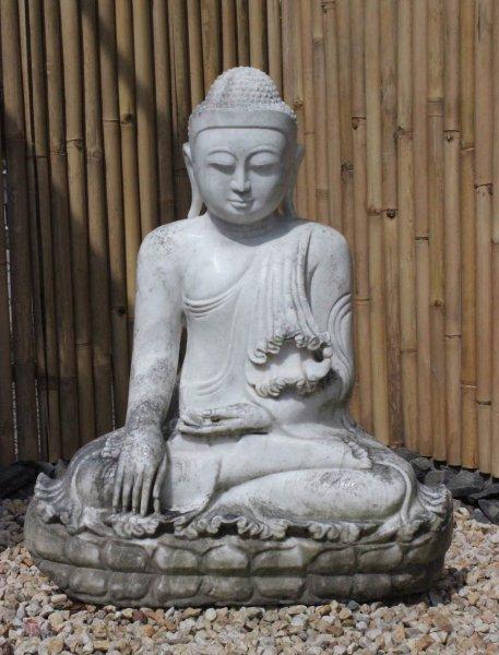 Mandalay Buddha Statue aus Marmorstein