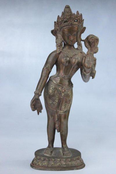 Stehende Weiße Tara aus Bronze