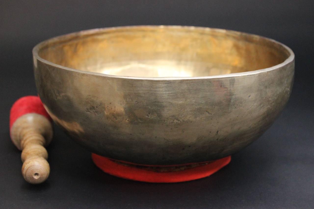 Traditionelle Tibet Klangschale 1024gramm Handgefertigt 7 Metalle Asienlifestyle Antiquitäten & Kunst Asiatika: Indien & Himalaya