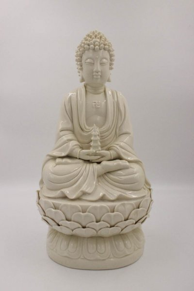 Buddha Figur aus Dehua Porzellan