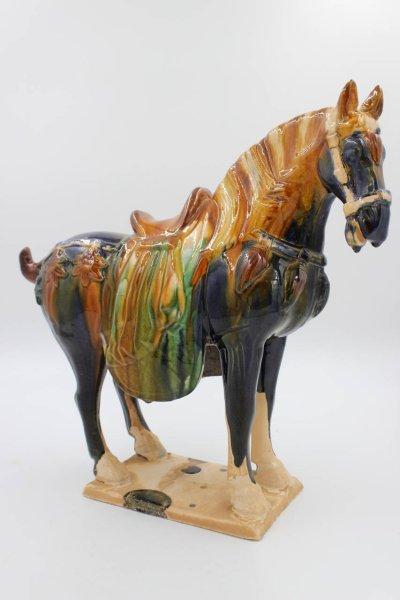 Tang Pferd aus Terrakotta Ton, China