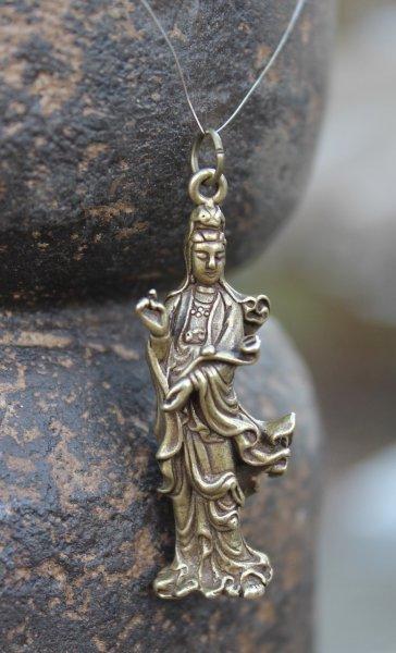 Kwan-Yin Buddha Anhänger aus Bronze