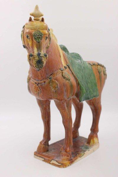 Chinesisches Tang Pferd aus Ton, Terrakotta