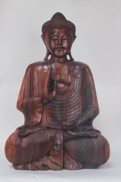 Buddha Statue mit lehrender Geste, aus Holz