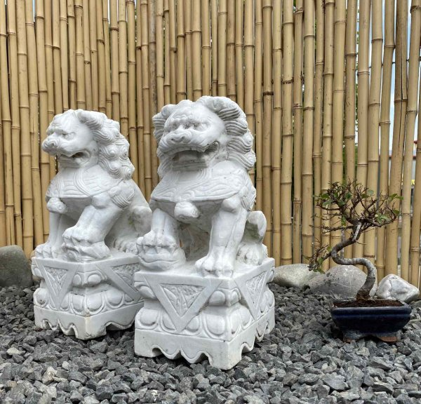 Fu Dog Wächterlöwen (40cm) aus Marmor Stein für Ihren Garten